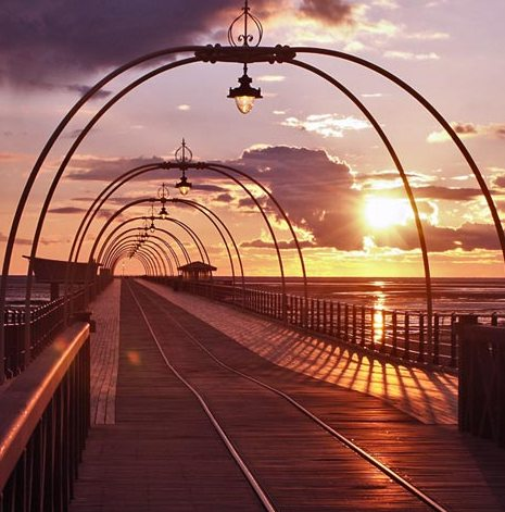 Southport pier sunset Hotel